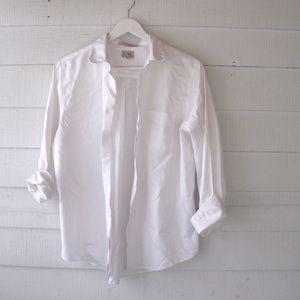 L.L. Bean Tops - L.L. Bean wrinkle resistant dress shirt