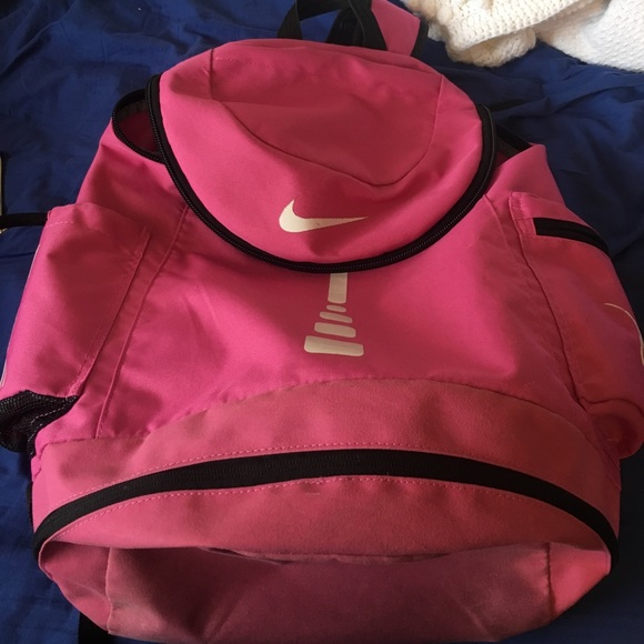 8807b59c97 RARE Pink Nike Elite Breast Cancer Backpack. M 58a34376a88e7d2daa00bdb4