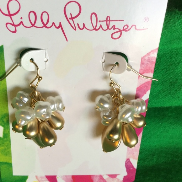Lilly Pulitzer Jewelry - Lilly Pulitzer earrings gold and pearl.