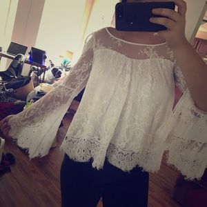 Abercrombie & Fitch Tops - 🆕 Abercrombie lace top