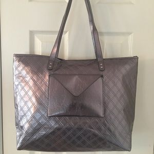 Bath and Body Works Handbags - 🛍 Silver Large Zip Pocket Tote Bag