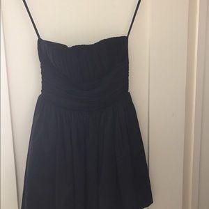 La Rok dress- Beautiful and timeless!