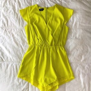 Bebe Bright Citrine Short Sleeve Romper