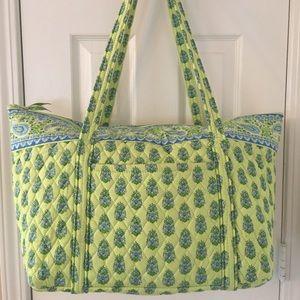 Vera Bradley Handbags - 🛍 Vera Bradley Citrus Large Zip Tote Bag