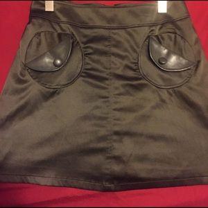 Tatyana/Betty Paige Retro skirt in olive