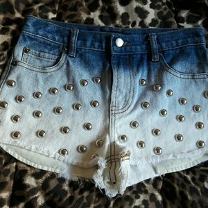 Forever 21 Pants - Cute ombre studded out denimn shorts size 24