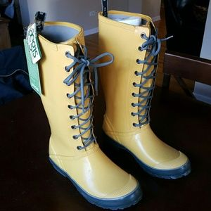 Bogs Shoes - Classic Yellow Lace Up Rain Boot NWT