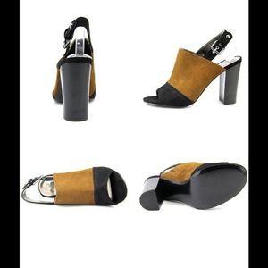 Carlos Santana Shoes - Carlos Santana two tone heel