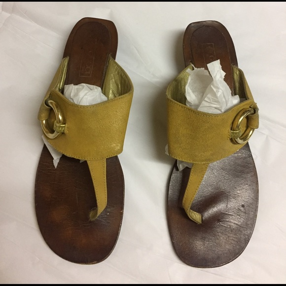 c6a11d71c Gucci Shoes   Vintage Sandals   Poshmark