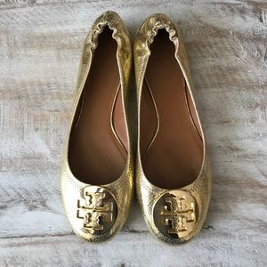 30e3f5e05a810 Tory Burch Shoes - ✨Tory Burch Reva Ballet Flats Gold Crackle 10