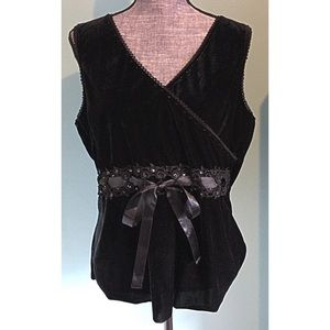 Venezia Black Velvet Top Sleeveless Romantic 16