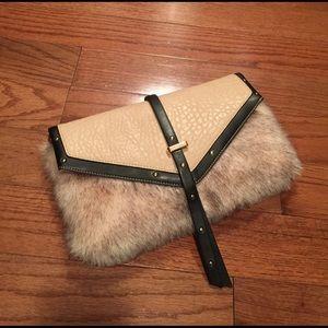 Furry clutch