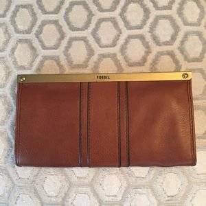 Fossil Handbags - 🛍 Fossil Brown Large Leather Wallet