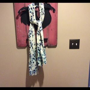 GAP Accessories - Floral scarf
