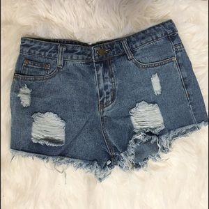 Pants - {nwot} Distressed High Waisted Shorts