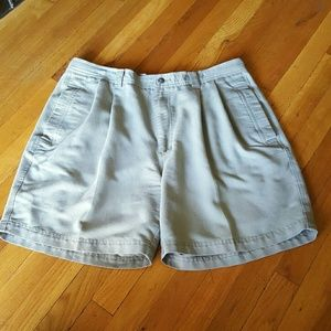 L.B. Evans Other - Men's L.B Size 36 Green Casual Shorts Golf Travel