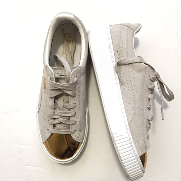 Puma Shoes - Gold Toe Puma Creepers