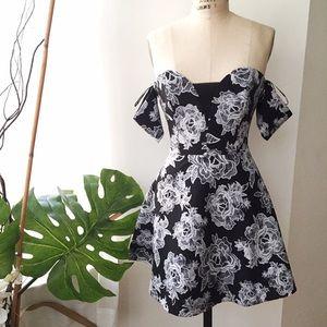Stylestalker Dresses & Skirts - Style Stalker off the shoulder Skater Dress