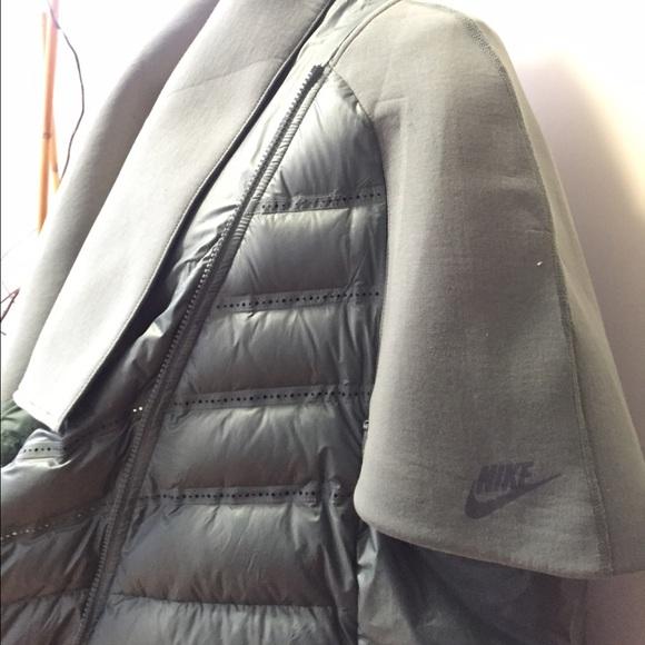 Nike Jackets & Coats - Medium Nike Cape Jacket Mint Green