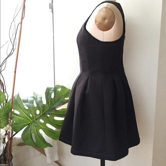 Dresses - Nameless black scuba dress