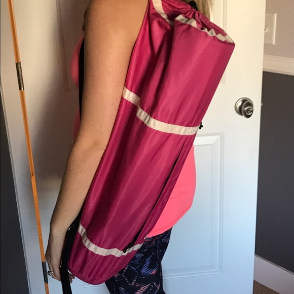 lululemon athletica Bags - Lululemon yoga mat bag
