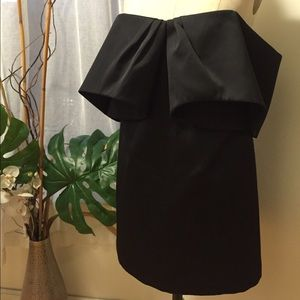 cameo Dresses - Cameo Off the Shoulder Black Dress Size Medium