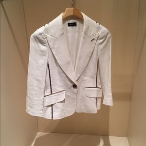 White Bebe blazer with brown piping and button