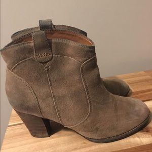 Clarks Shoes - Clarks suede booties