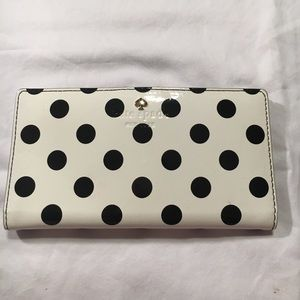 Kate spade black and white polka dot stacy