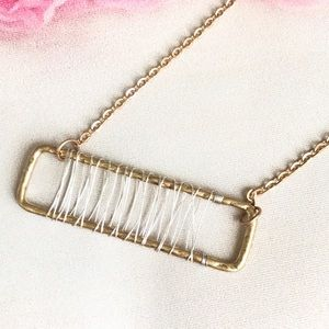 Jewelry - Last one⚠️ WIRED FRAME PENDANT NECKLACE