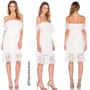Reverse Elope White Off Shoulder Dreamy Dress