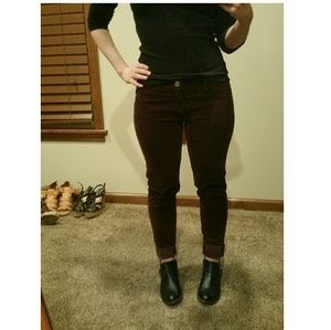 American Eagle Outfitters Denim - American Eagle- Corduroy Jegging!