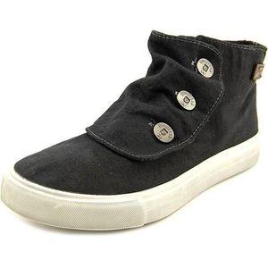 Blowfish Malibu Black Shoes  Studs