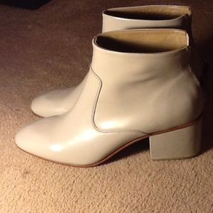 Rachel Comey Shoes - Rachel Comey Nwt gray leather booties