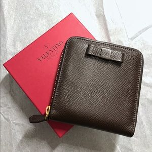 Valentino Handbags - NIB Valentino Dark Brown Leather Zip Wallet