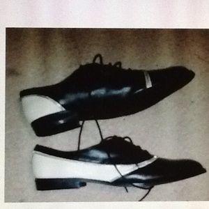 Charles Jourdan Shoes - Charles Jourdan black & Cream Zip Oxfords