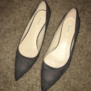 Zara grey suede kitten heel pumps
