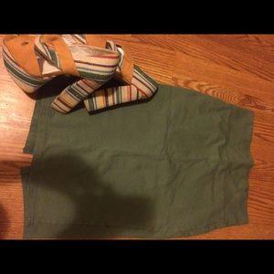 iris & ivy Dresses & Skirts - Knee length pencil skit