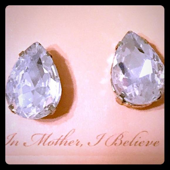 🎈SALE Pear Shaped Crystal Earrings [JW-79]