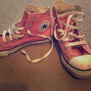 Converse Shoes - Pink converse high tops