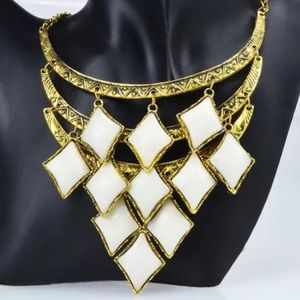 Jewelry - Rhombus necklace