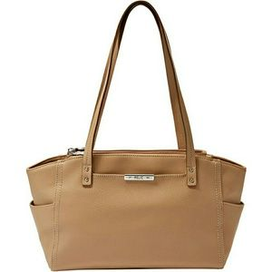 Relic Handbags - NWT Relic Caraway shoulder bag in soft tan leather