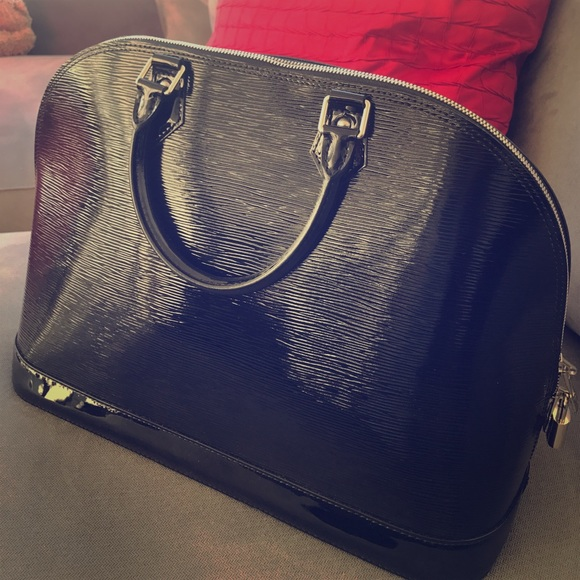 Louis Vuitton Handbags - Louis Vuitton electric Alma Epi GM Noir Black 10c8c2e50cae5