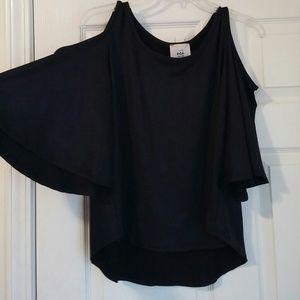 ECI Tops - NWT Cold shoulder top