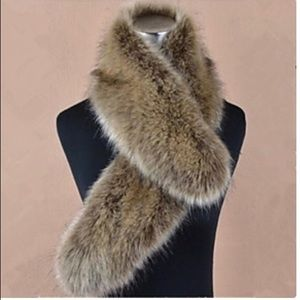 Curvy Couture Accessories - Fur Collar Wrap Raccoon Brand New With Tags