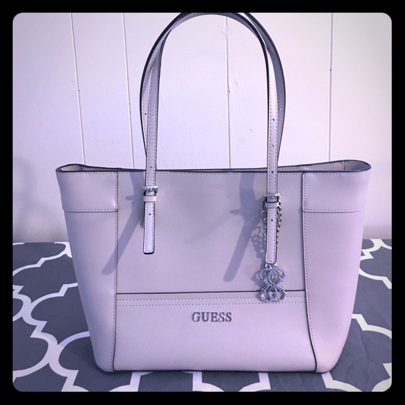 Guess Bags | Final Price Delaney Tote | Poshmark
