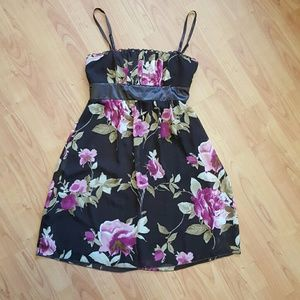 Studio Y Dresses & Skirts - NWT Studio Y Maurices sz 9 brown floral dress
