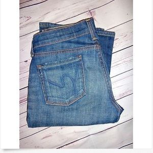 Citizens of Humanity Denim - Citizens of Humanity Low Kelly Cropped Jeans! 26