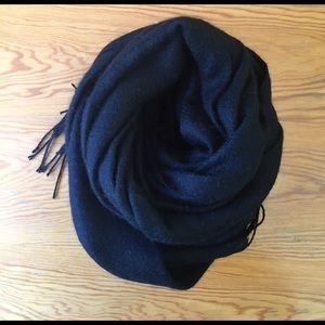 Accessories - Mongolian Cashmere Scarf in Black