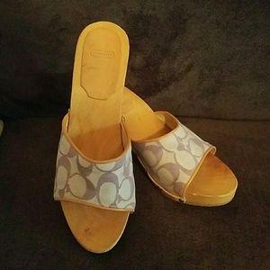 🎉SALE🎉Coach wooden heels